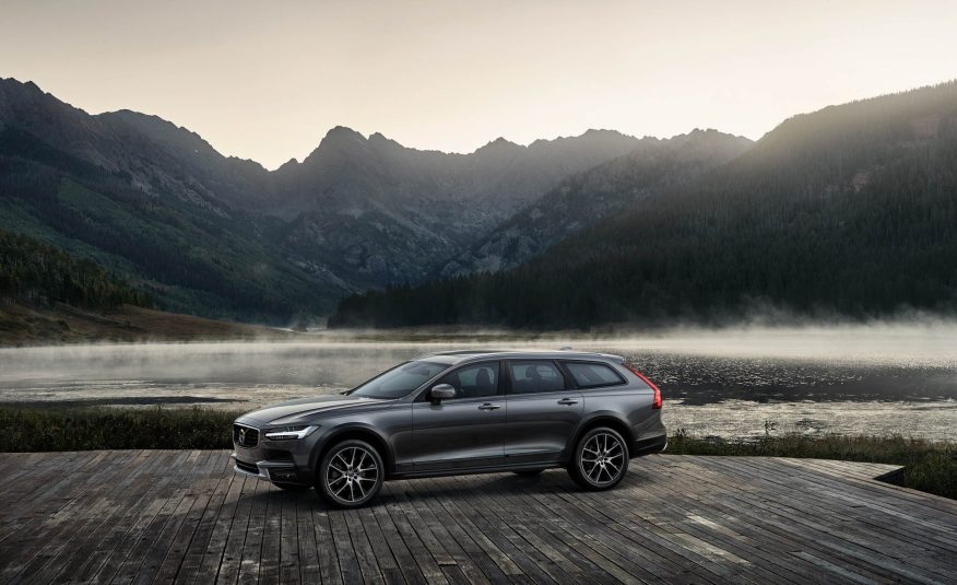 Volvo V90 Cross Country. Foto: Car and Driver